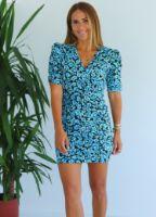 mavi-cicek-desen-omuzu-vatkali-mini-elbise