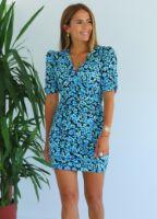 ELB1301X.jpg-mavi-cicek-desen-omuzu-vatkali-mini-elbise-ELB1301