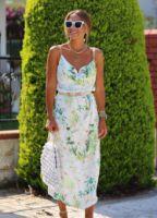 ELB1345XXXXXXX.jpg-floral-desen-degaje-yaka-saten-elbise-ELB1345