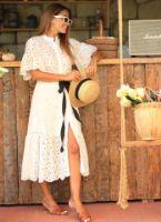 beyaz-kusakli-fisto-elbise