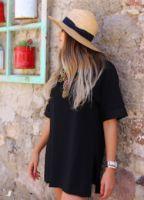 siyah-yirtmacli-basic-t-shirt