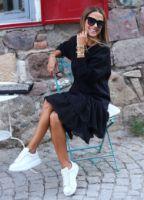 ELB1399XX.jpg-siyah-etegi-fisto-sweat-elbise-ELB1399